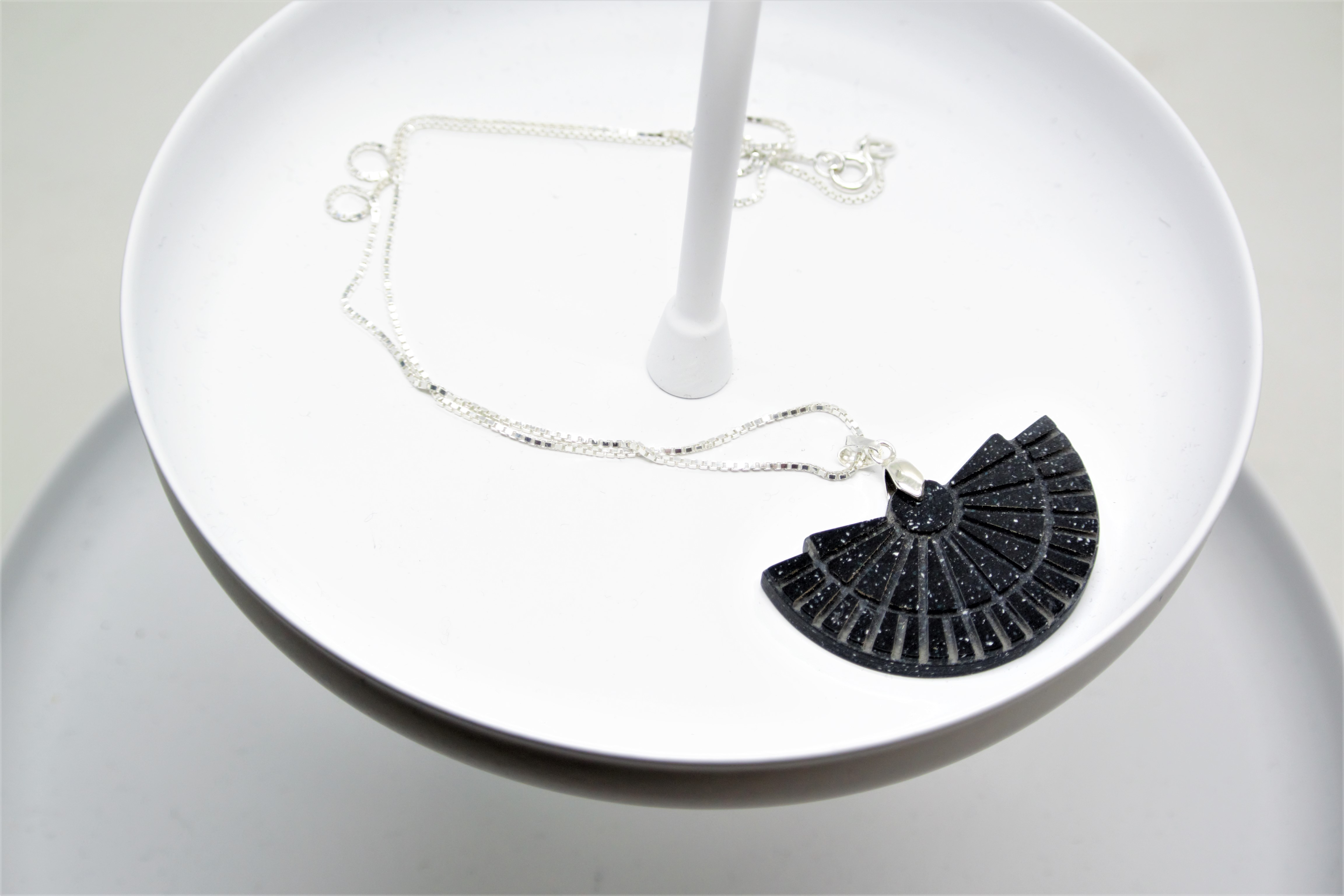 Epi Theatre Necklace in Deep Nocturne